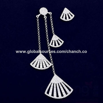 Fashion Asymmetric Drop Earrings for Girls, Decorated with Shiny Rhinestones