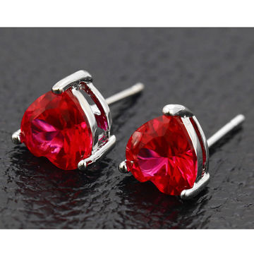 Fashion Xuping Jewelry Platinum Heart Shaped CZ Single Earstud in Special Price