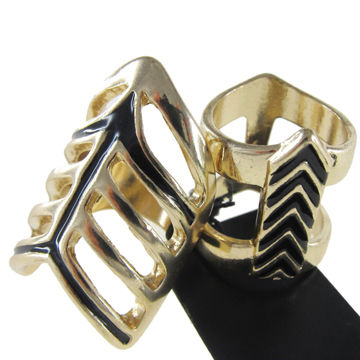 Men and Women's Metal Ring, Gold-plated with Black Enamel