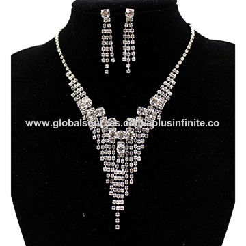 New fashion jewelry sets, crystals rhinestones, claw chain in silver plating