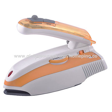 Travel steam iron with adjustable temperature controller, foldable handle, GS/CE/RoHS/LFGB certified