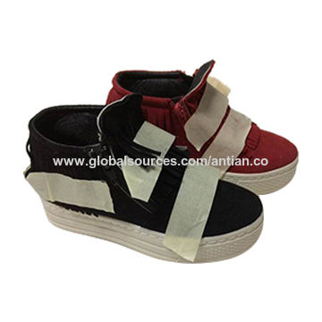 Kids injection sneakers